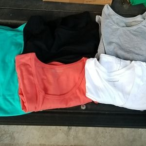 Lot of 5 woman within shirts size L